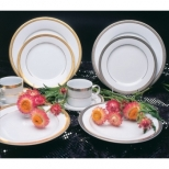 Luxor Gold Dinnerware